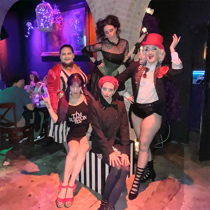 immersive theme restaurants los angeles, freakshow side show performers