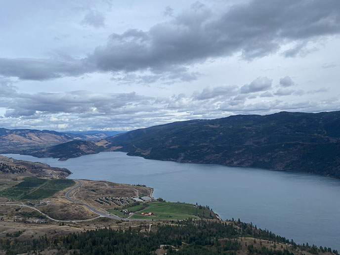 okanagan lake view from helicopter