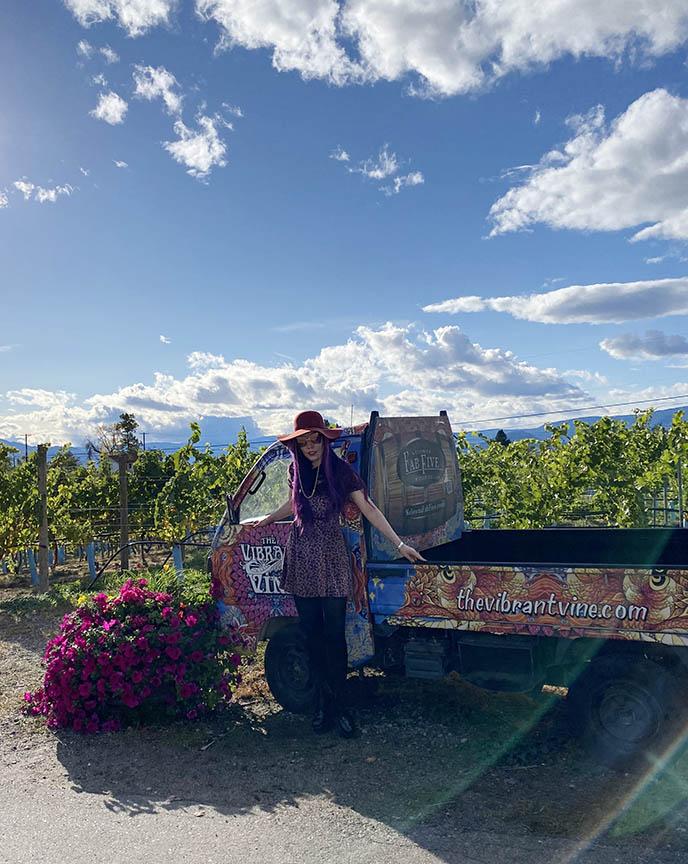 kelowna vineyards instagram locations spots fashion blogger instagrammable