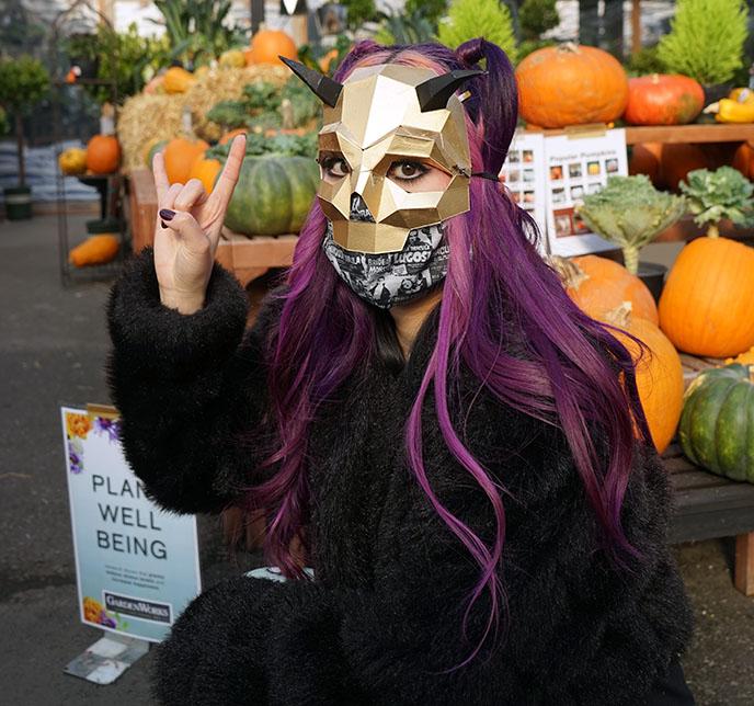 hail satan pose costume halloween fun