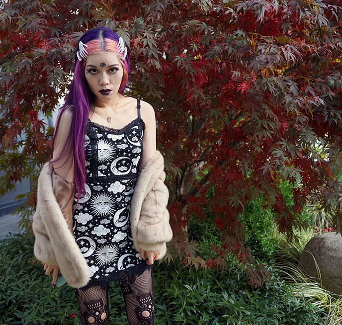 goth model pink hair dollskill dolls kill toofast