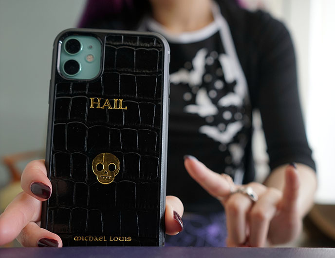 gold skull monogramed phone covers cases