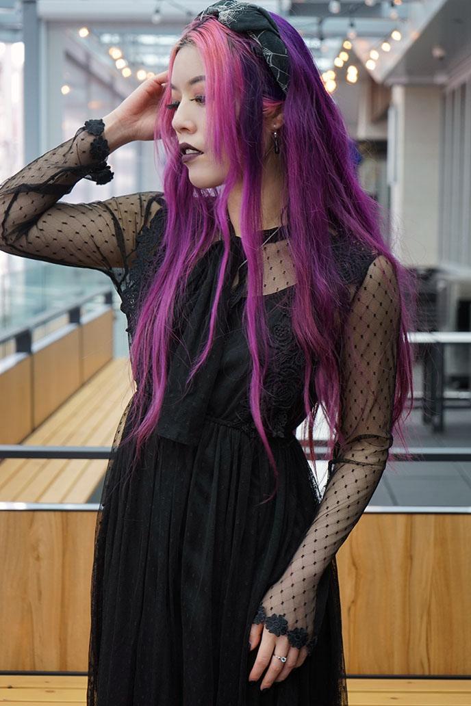 la carmina long purple pink hair, gen z middle part highlights