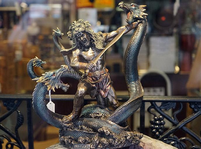 hercules fighting Lernaean Hydra many headed monster mythology greek