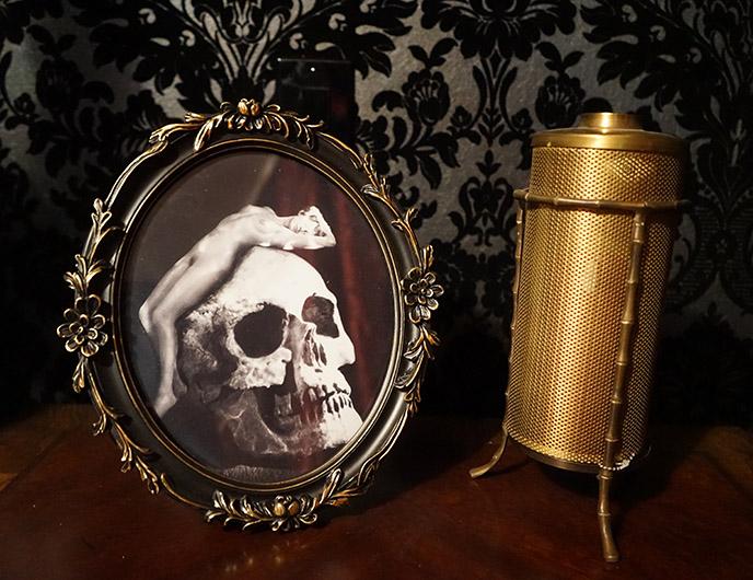 skull cameo art satanic temple hotel room suite