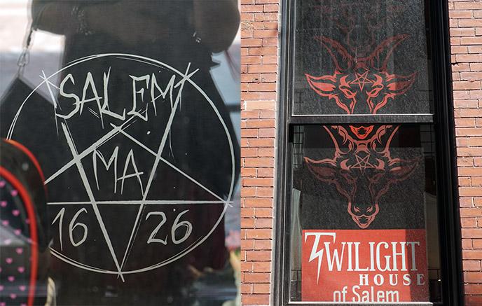 twilight house salem satanic gift shop