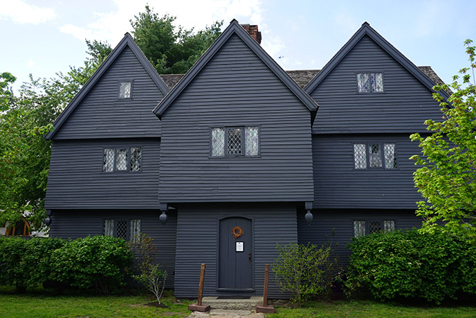 witch house salem massachusetts black haunted historic home