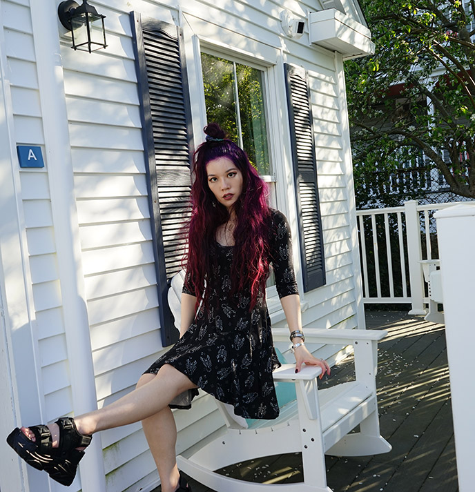 goth fashion blogger gothic influencer instagram style outfits