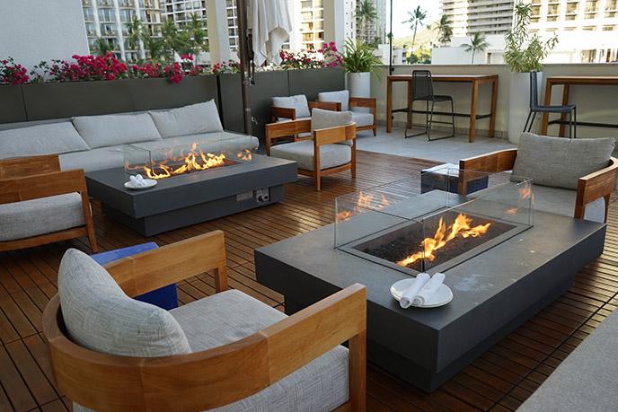 alohilani resort luau hotel events