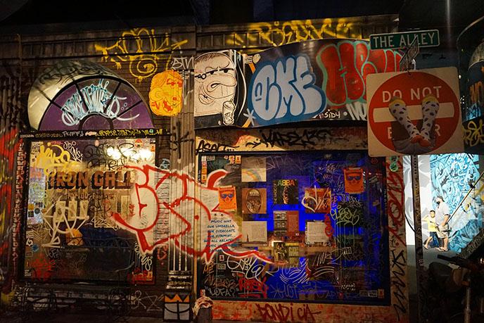 pow wow graffiti jasper wong art gallery honolulu