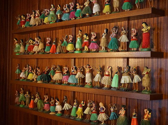hawaiian hula dancers figurines collection vintage kitsch retro hawaii