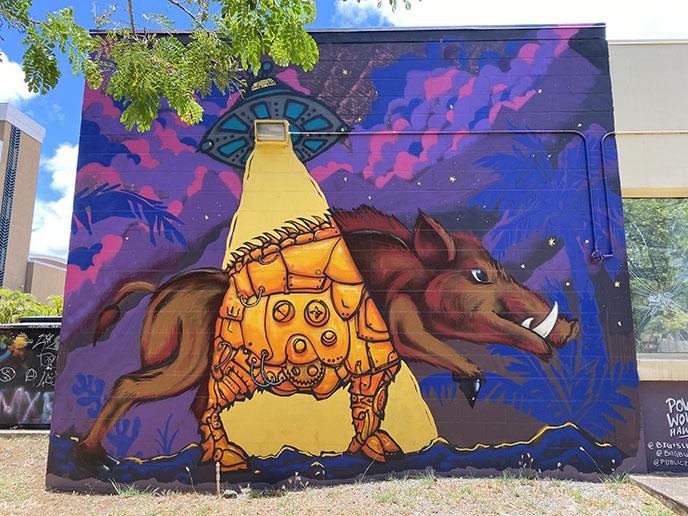 ufo alien mural hawaii honolulu