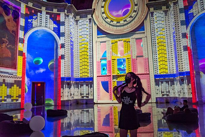 superreal immersive visual art show reviews