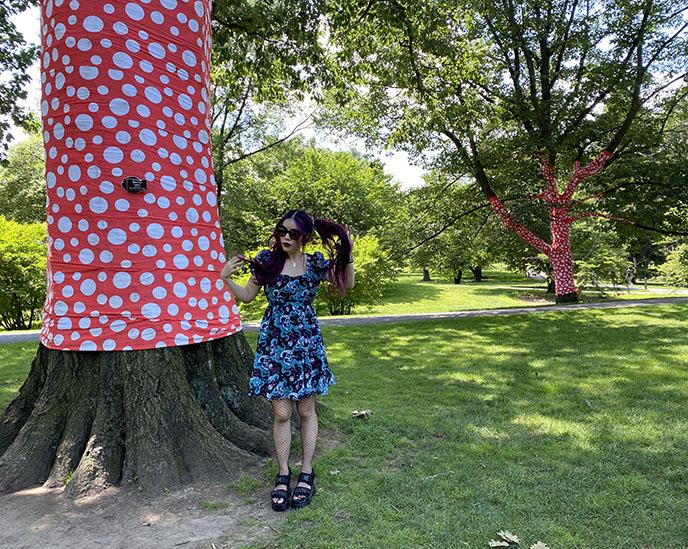 yayoi kusama ny trees wrapped in polka dots