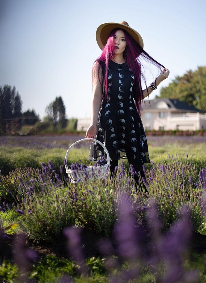 gothic cottagecore dress style tiktok influencers
